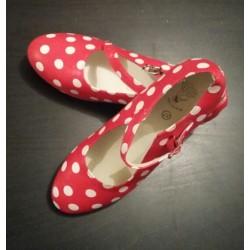 Chaussures rouge pois blancs sans clou