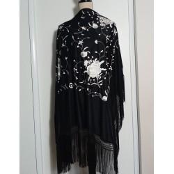 Grand carré noir brodé gris argenté 120x 120 cm