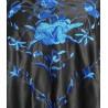 Châle 160 cm noir brodé bleu marine à fils bleus marine