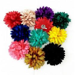 Fleur Dalhia 16 cm pince plate  ou broche DIVERSES COULEURS SATINEES