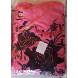 Grand châle rose brodé noir fils rose